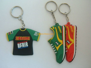 Wholesale customized logo 3D PVC Cartoon key chains online cool rubber model keychain for guys